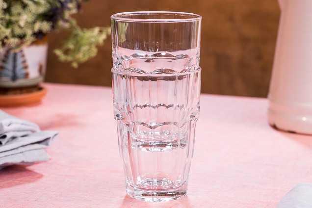 Как вытащить стакан из стакана: 3 простых способа сохранить посуду целой
