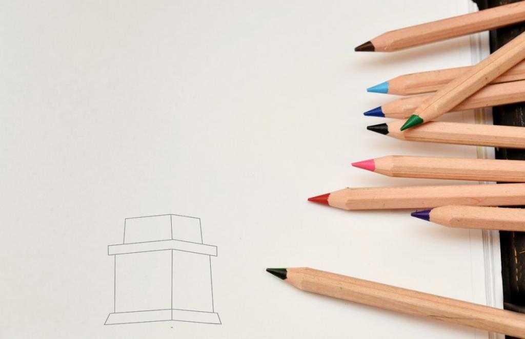 Как нарисовать Статую Свободы от руки карандашом?