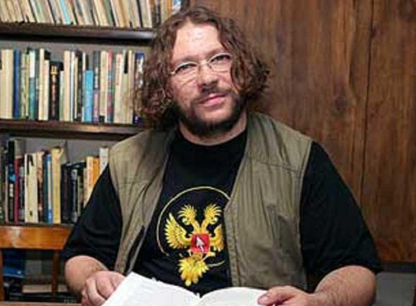 Кононенко Максим Витальевич, журналист: биография, карьера