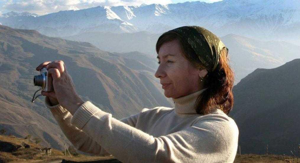 Наталья Эстемирова: биография, личная жизнь, семья, фото